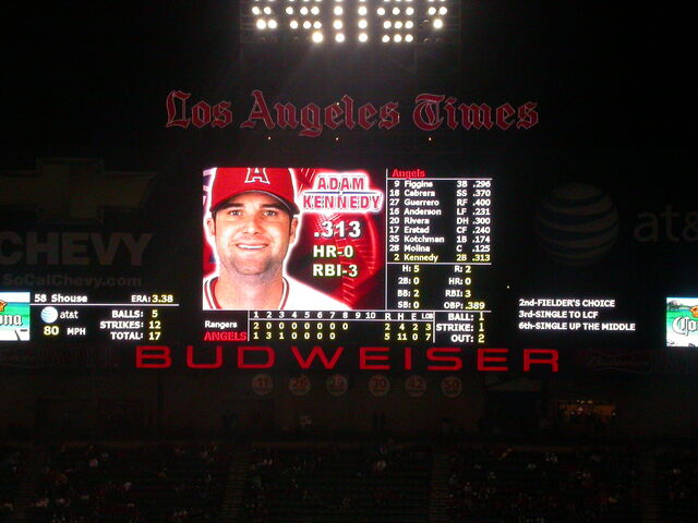 File:Angel Stadium-1195658148-556.jpg