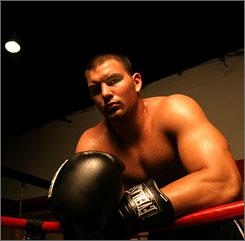 File:Tom z boxer.jpg