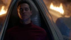 Mon-El in the pod