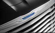2012-Chrysler-300-13