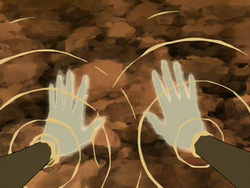Katara heals her hands.png