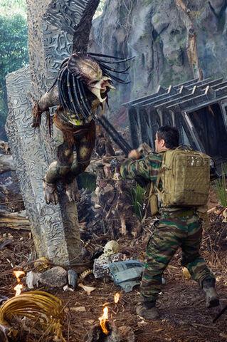 File:Predators3-thumb-330x495-41065.jpg