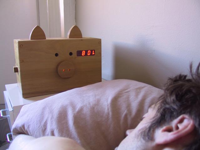 File:Bedside.jpg