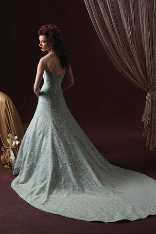File:Unique-Wedding-Dresses-Style-2010a.jpg