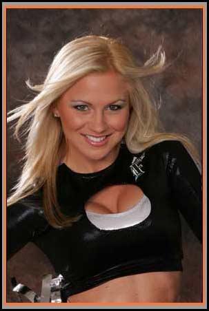 File:Britney 2005 Marlins Mermaids.jpg