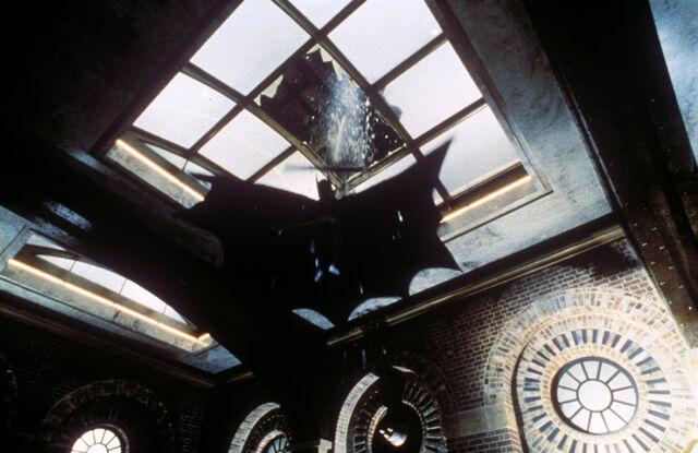 File:Batman 1989 - Museum Crash.jpg