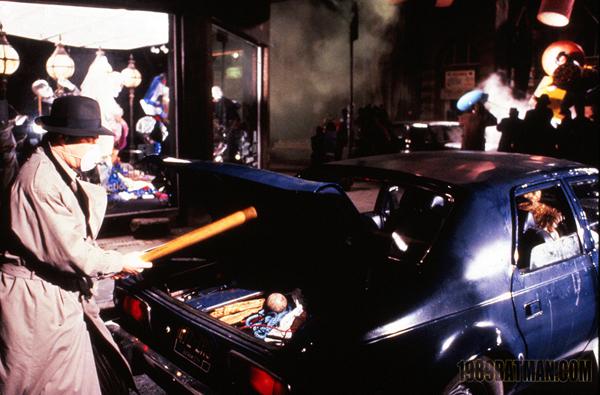 File:Batman 1989 (J. Sawyer) - Alexander Knox 6.jpg