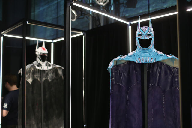 File:SDCC2014-Batman-Cape-Cowl create Art Exhibit 452635882.jpg