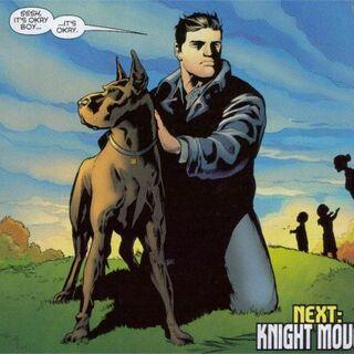 Ace con su maestro, Bruce Wayne