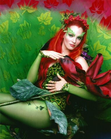 File:Poison Ivy (Uma Thurman) 12.jpg