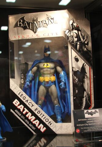 File:SDCC LegacyBatman.jpg