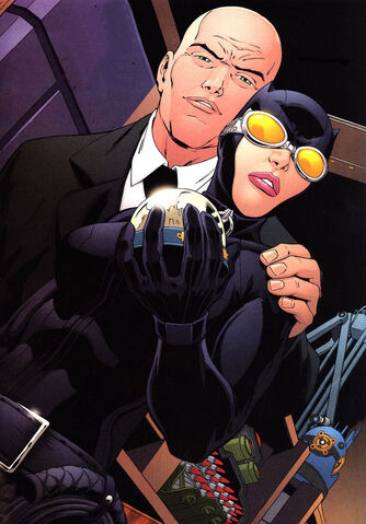 File:1318964-catwomanandlex.jpg