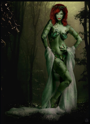 File:Xtina Hendricks as Poison Ivy by Ciro1984.jpg
