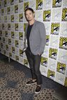 BEAUTY-AND-THE-BEAST-Comic-Con-8