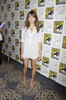 BEAUTY-AND-THE-BEAST-Comic-Con-7