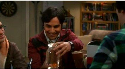File:Raj holding the goldfish jar.jpg