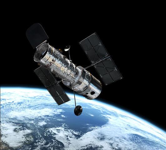 File:Hubble in orbit1.jpg