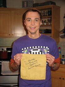 Jim-parsons-sheldon-cooper-leonard-nimoy-live-long-and-prosper