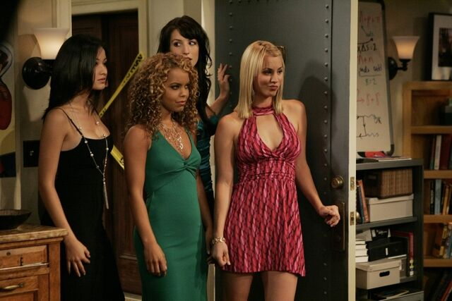 File:S1EP07 - Penny and her friends.jpg