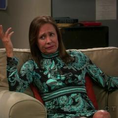 Mary tells Leonard her theory on men.