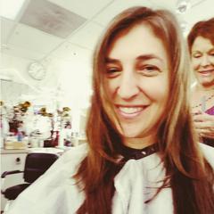 Mayim getting ready.