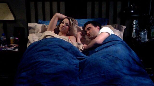 File:Sheldon wakes Penny and Leonard.jpg