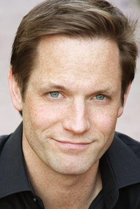 File:Matt Letscher.png