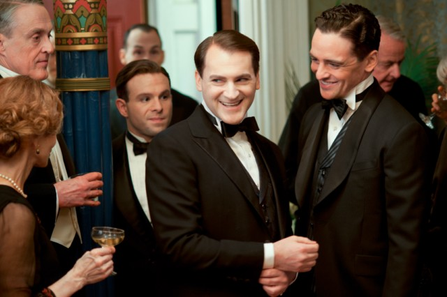 File:Rothstein partying 3x01.jpg