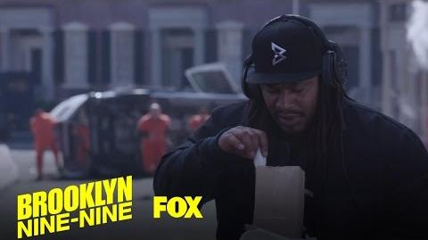 Marshawn Lynch Watches A Van Carrying Fugitives Crash Season 4 Ep