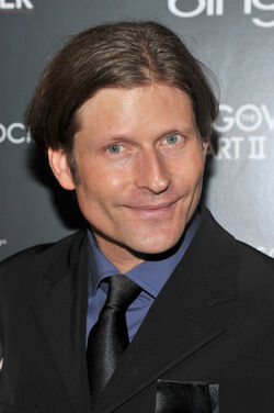 Crispin Glover1