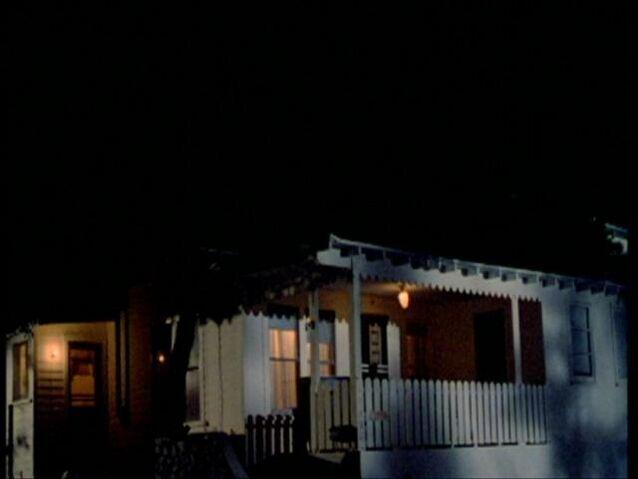 File:Buffy202 140.jpg