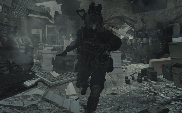 File:Shadow Company member striking with a knife MW2.png