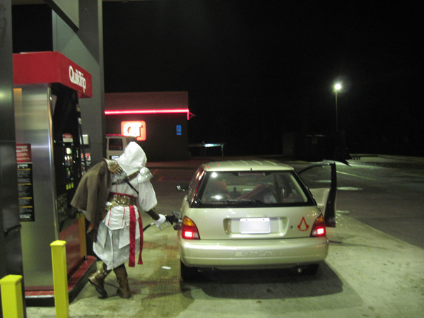 File:Ezio needs gas.jpg