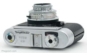 Voigtlander-vito-cd-top