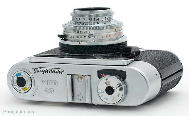 File:Voigtlander-vito-cd-top.jpg