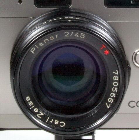 File:Contax G1 15a.jpg