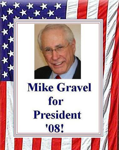 File:Gravel on the Flag.jpg