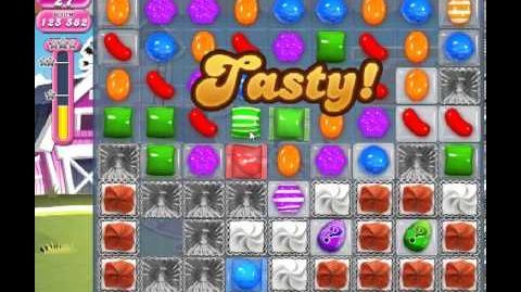 Candy Crush Saga Level 235 - 2 Star - no boosters