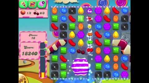Candy Crush Saga Slow Motion (Striped Candy on Wrapped Candy)