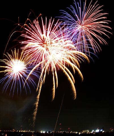 File:Fireworks.jpg