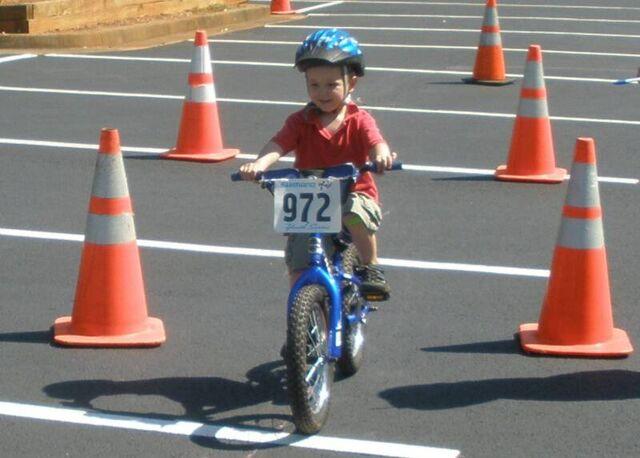 File:Bike Rodeo 2009 028B.jpg