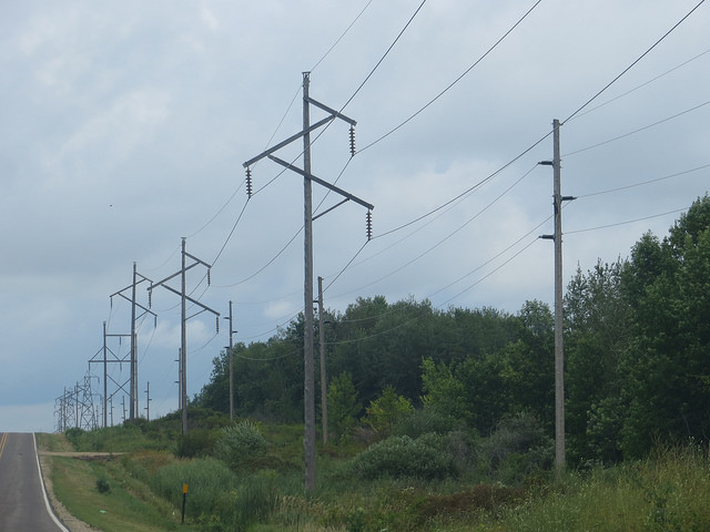 File:-NSP 115v and 69kv Transmission Lines 2.jpg