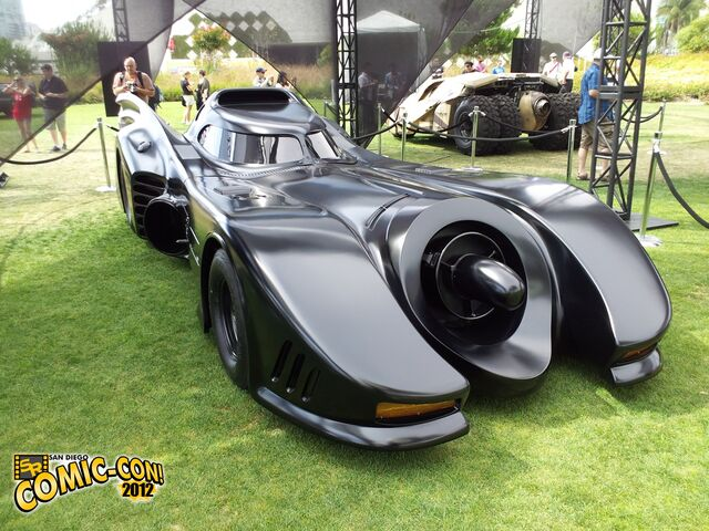 File:Tim-Burton-Movie-Batmobile-Comic-Con-2012.jpg