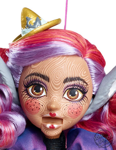 File:SDCC 2016 Mattel Exclusive Ever After High Cedar Wood Marionette Doll 007.jpg