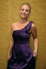 Kaley-Cuoco-the-2009-TCA-s-the-big-bang-theory-7451139-610-926