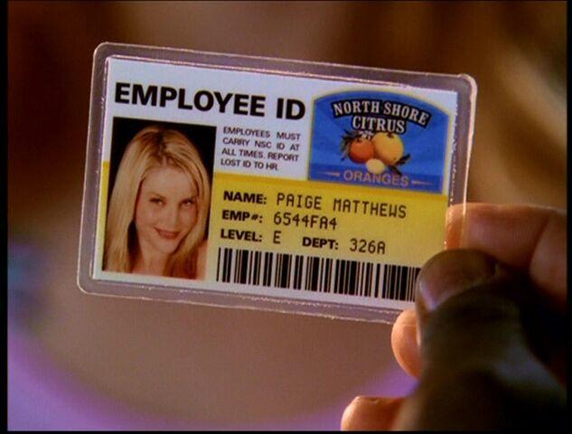 File:Identity theft.jpg