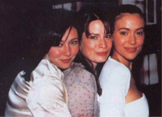 File:Charmed Ones.jpg