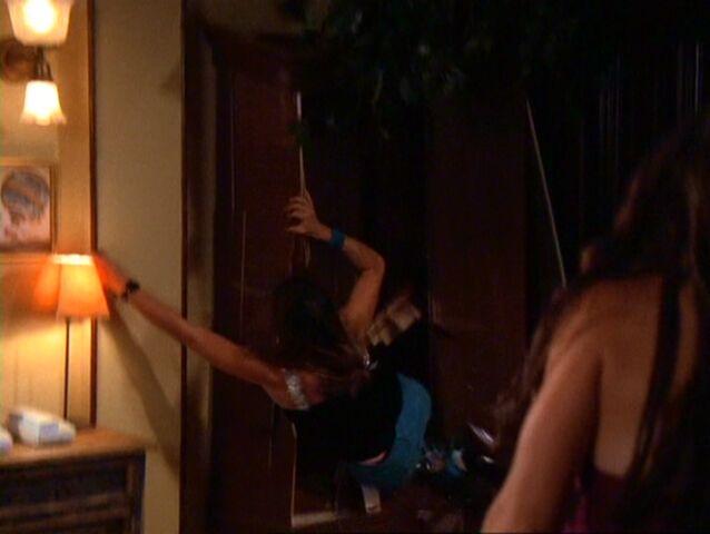 File:Charmed403 718.jpg