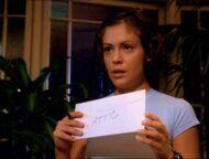 1x01-PhoebeAttic