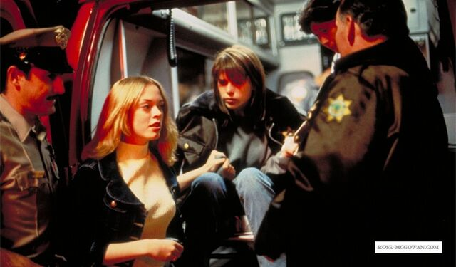File:Scream-Still 009.jpg